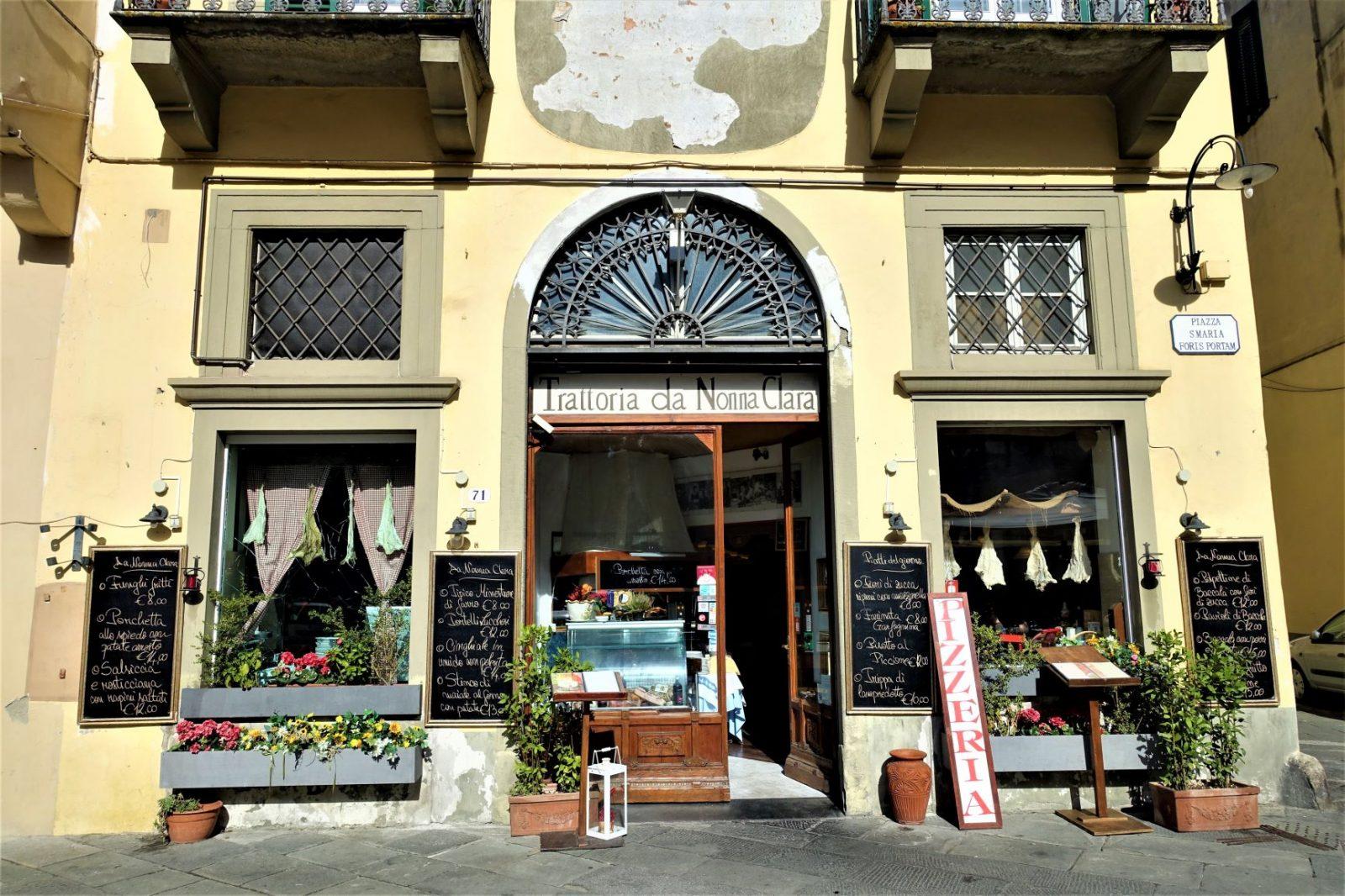 Butikk i landsby i Toscana Italia
