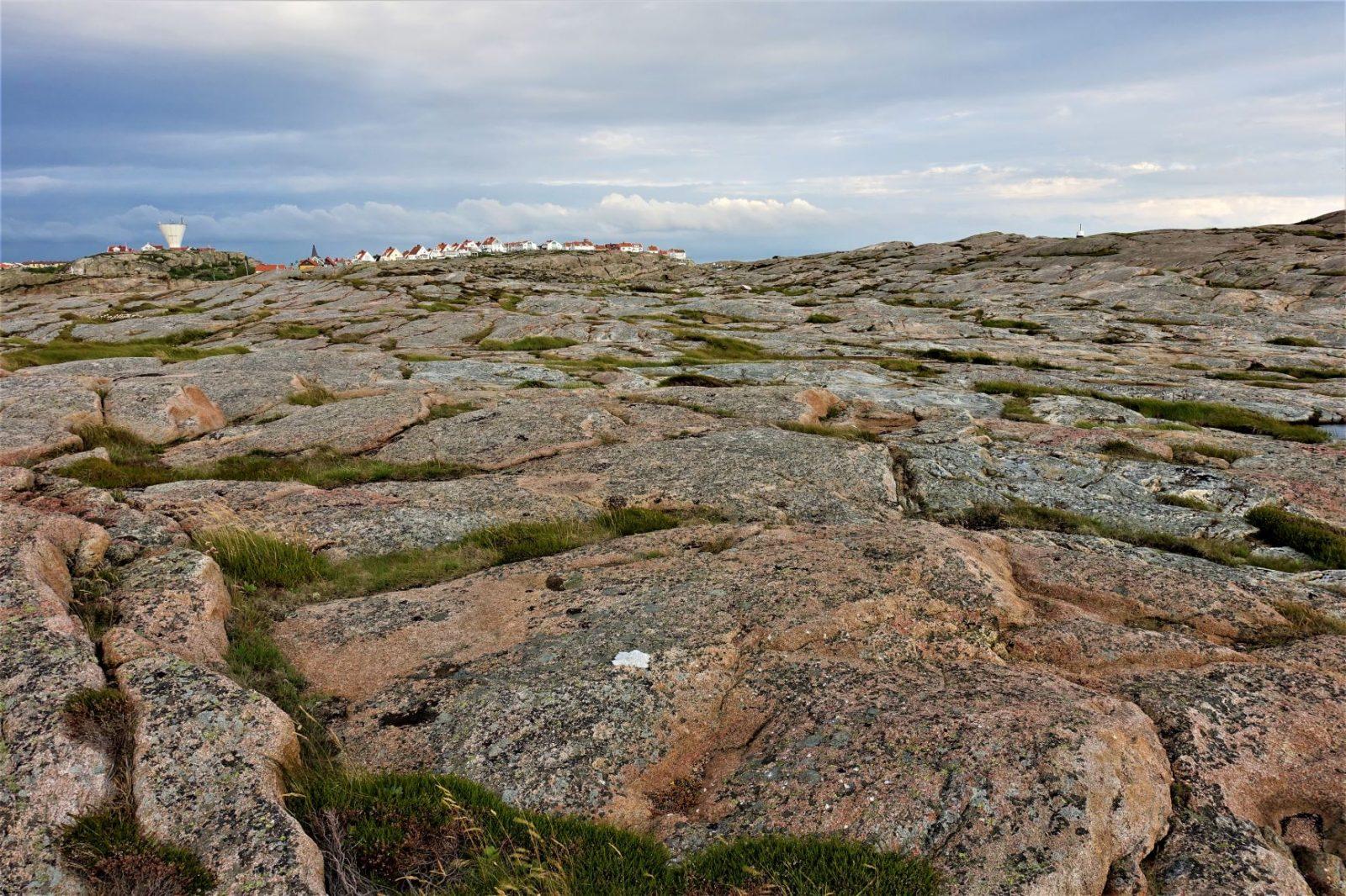 smøgenhusene på toppen av klippene