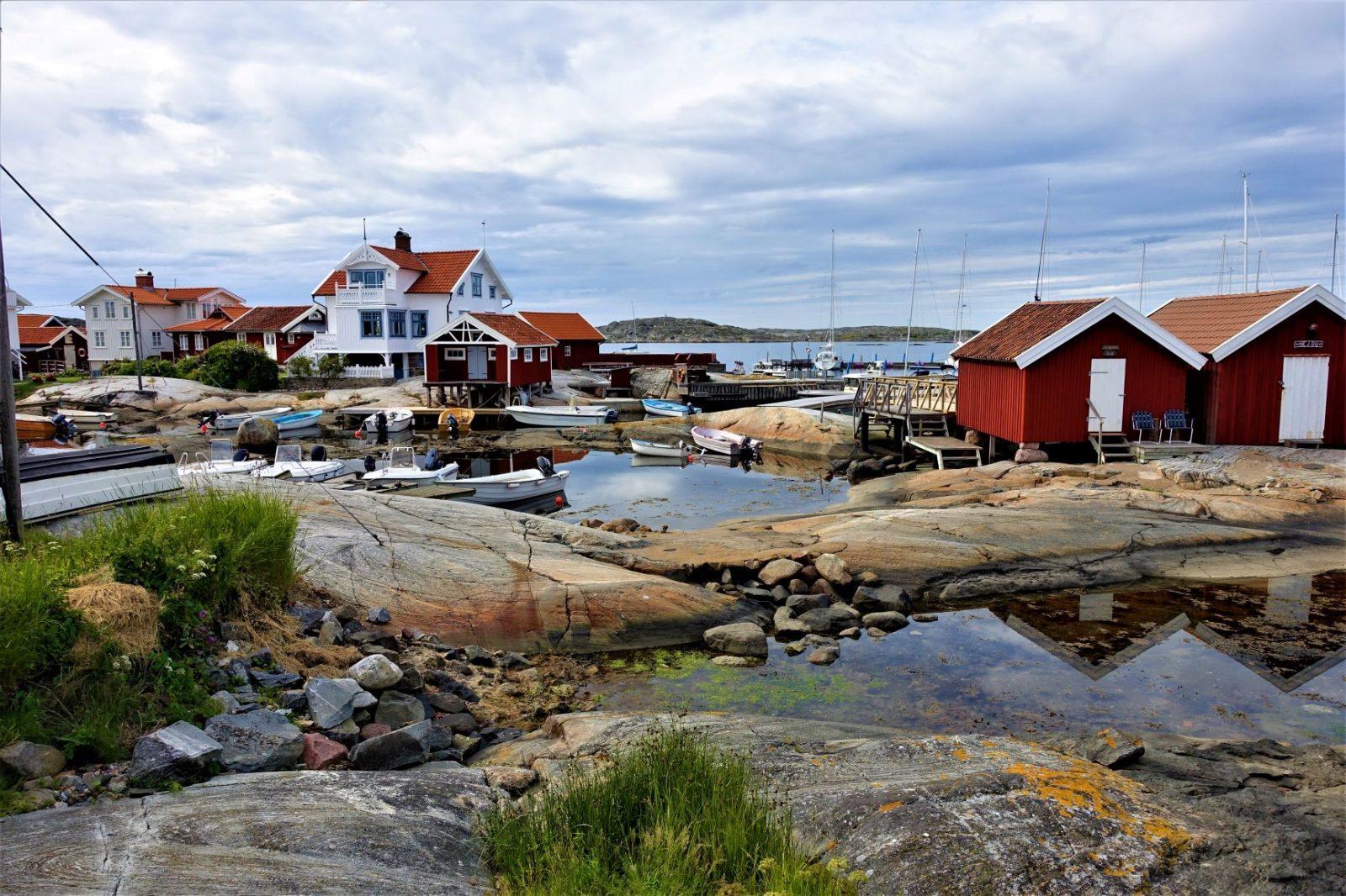 liten båthavn på sydsiden av Käringö