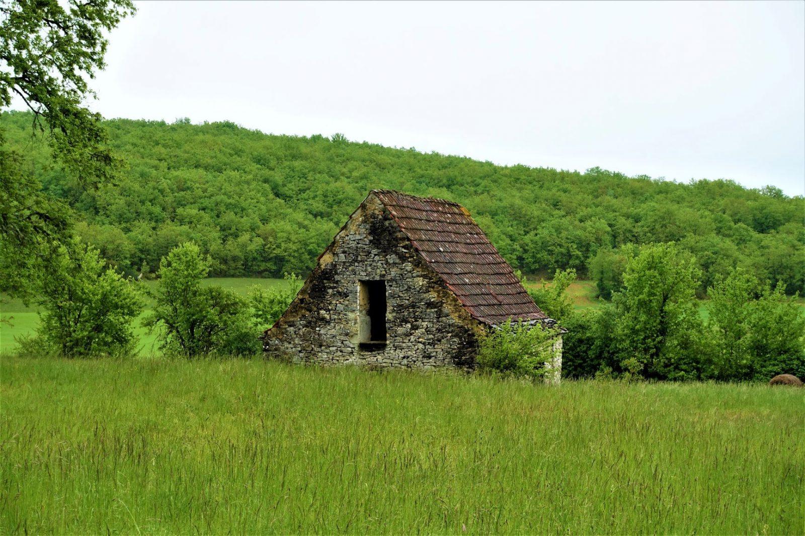 et veldig gammelt steinhus frankrike