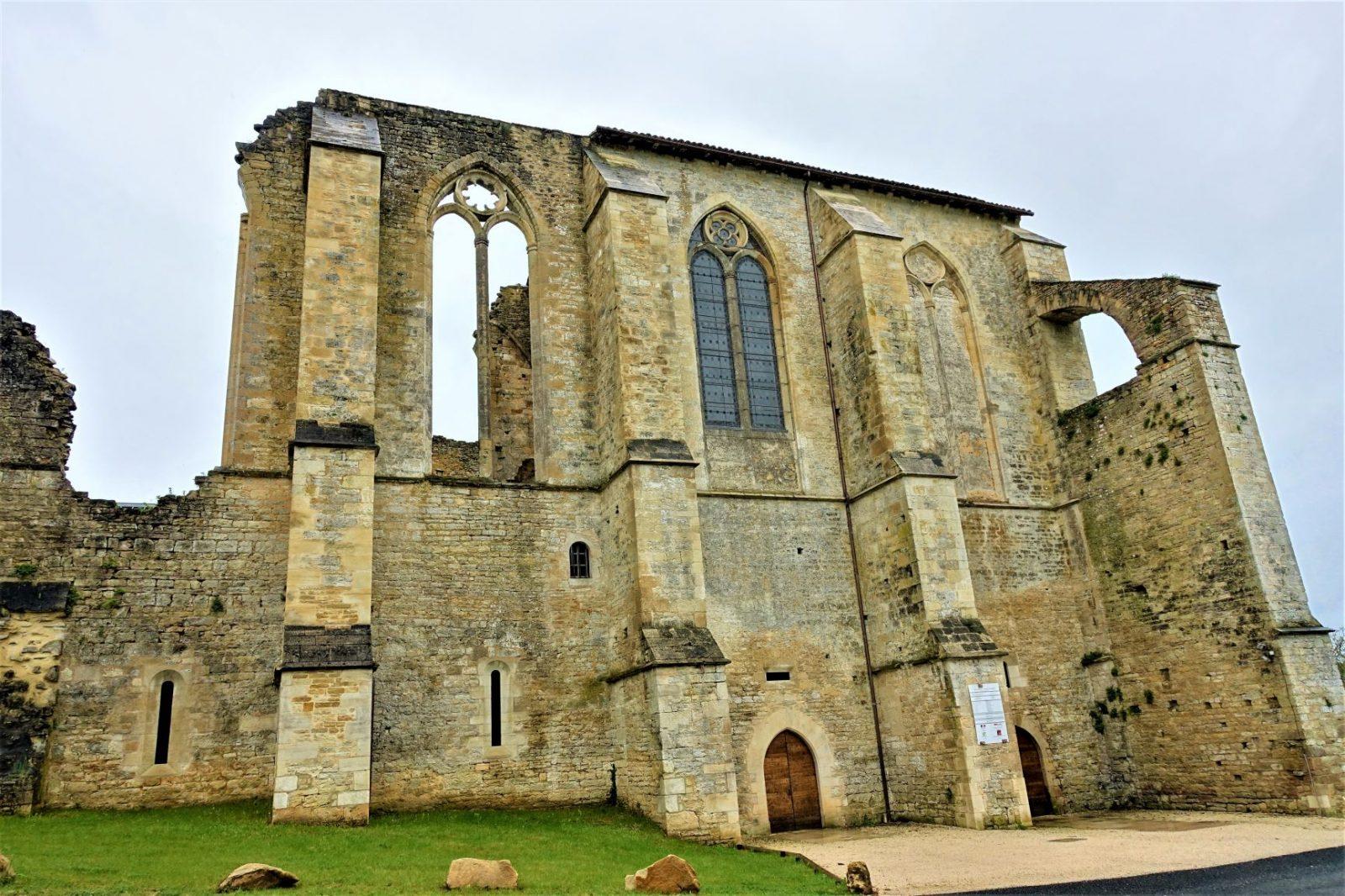 kirkeruiner fra middelalderen