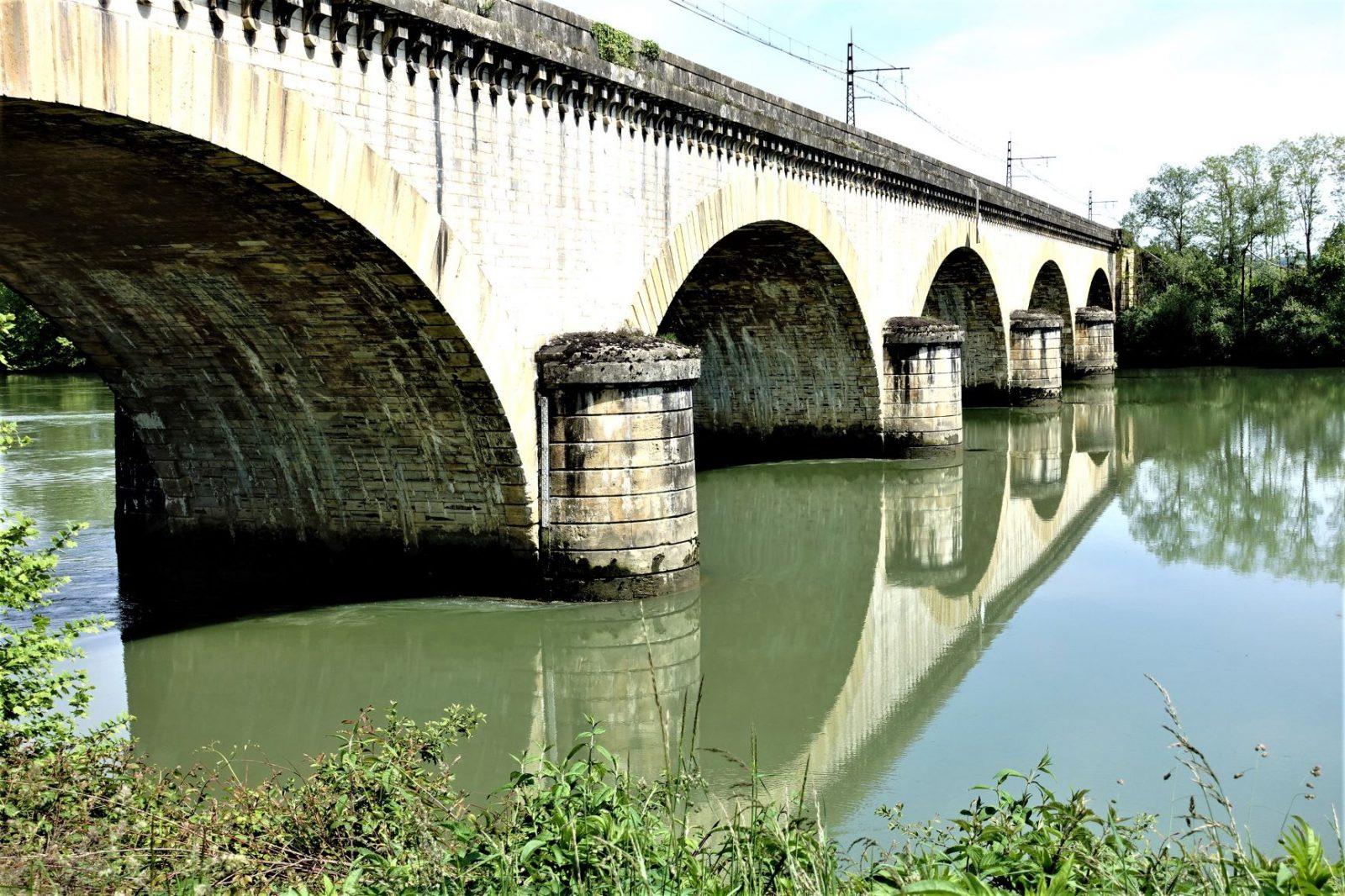 vakker bro i frankrike
