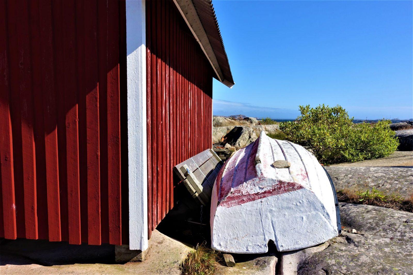 trebåt ligger ved båthuset bohus malmøn