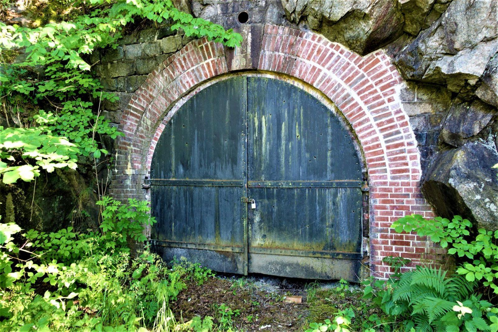 Borgen oscarsborg underjordisk låst inngang