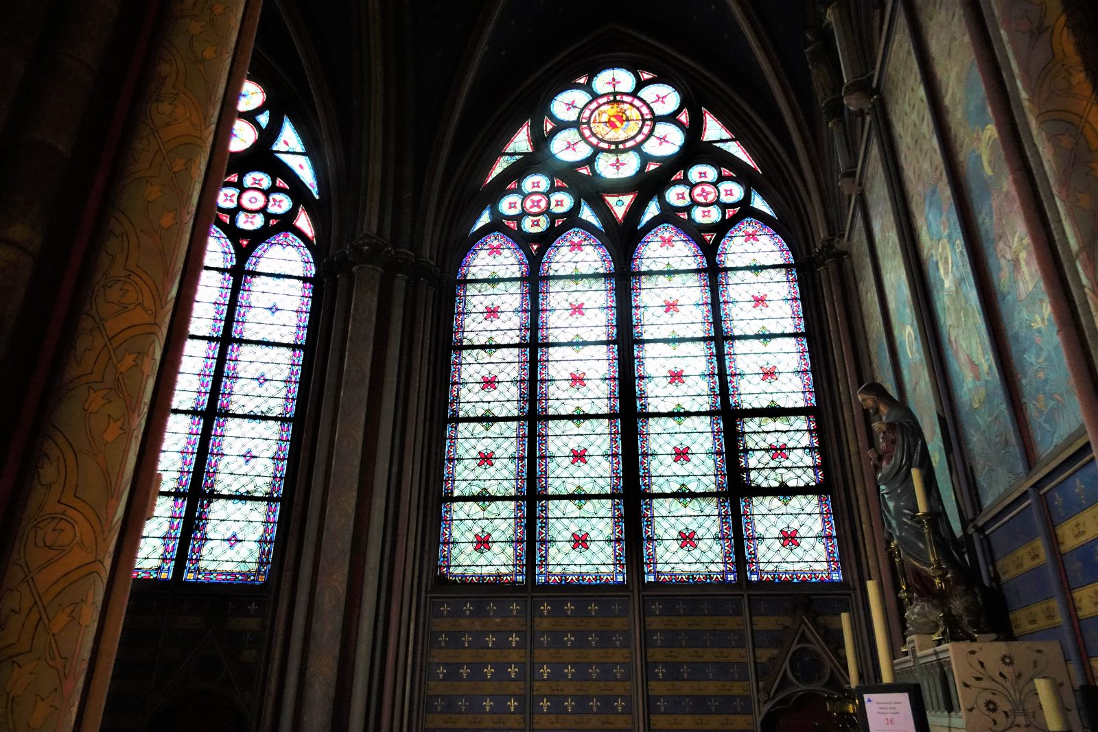 Glassmalerier Nortre Dame Paris