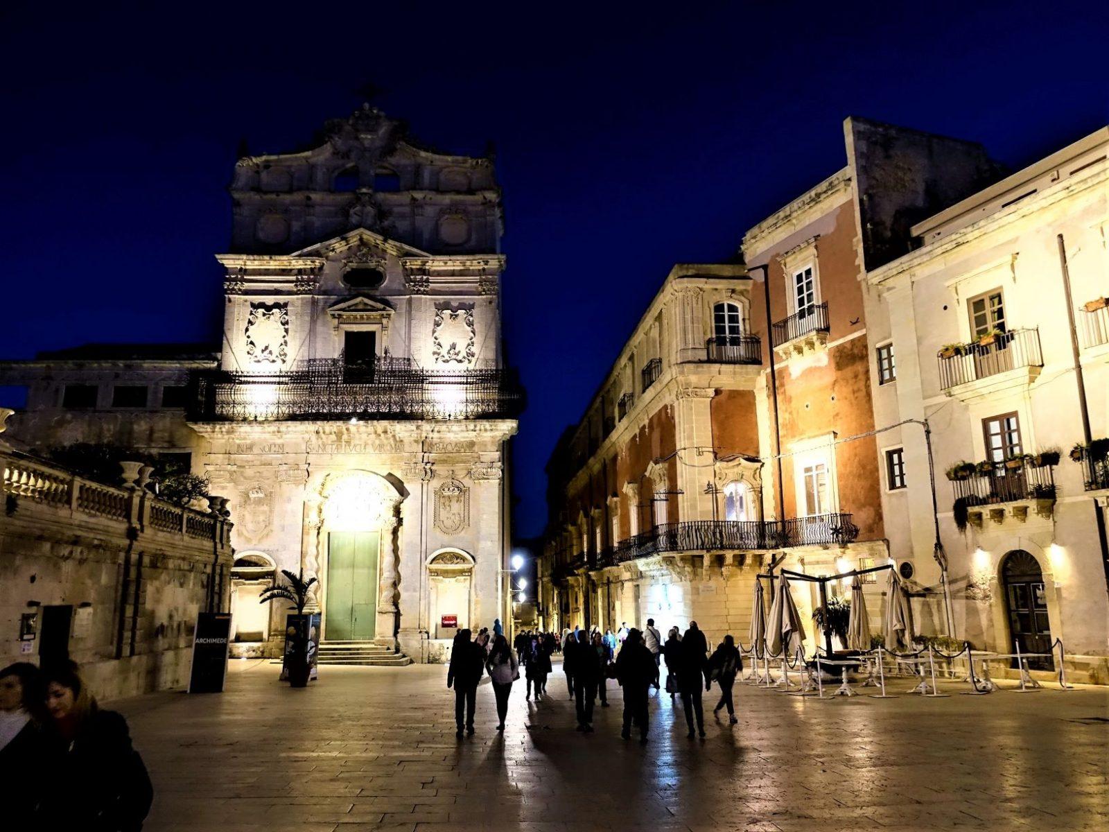 Siracusa om kvelden Sicilia
