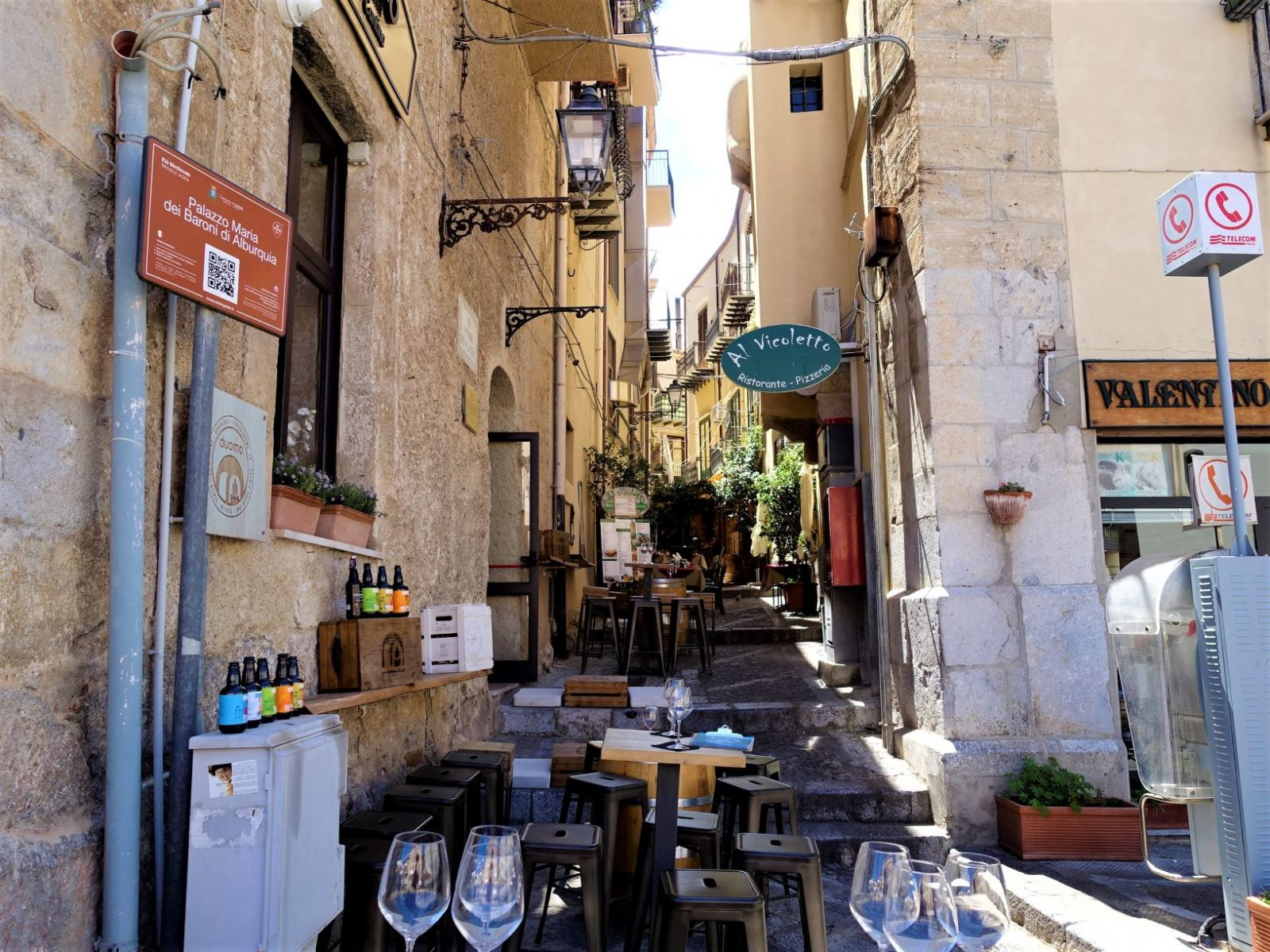 gater i Cefalu Sicilia