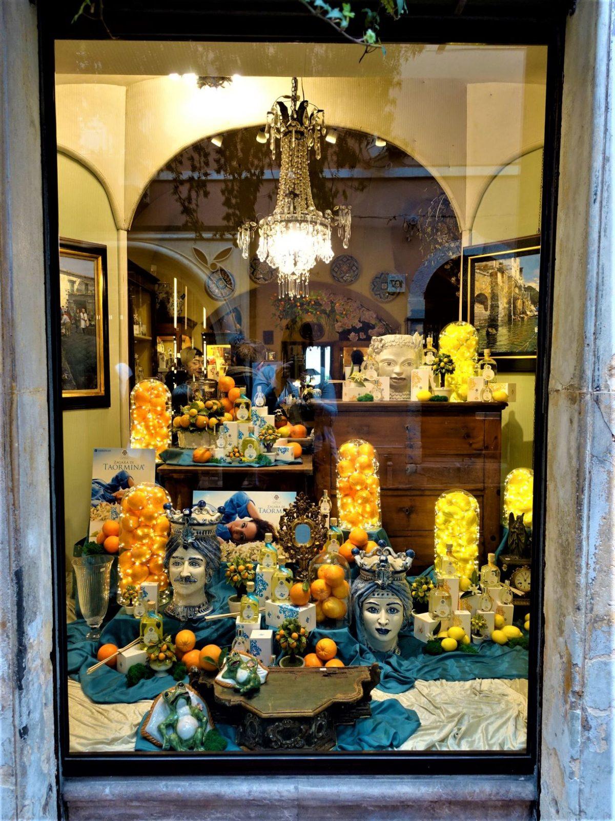 Butikkvindu i Taormina Sicilia