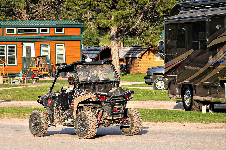 jeeputleie på campingplass i usa
