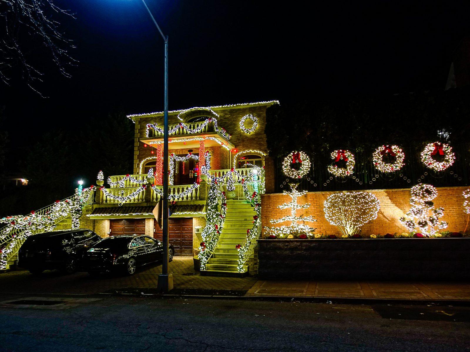 Glorete julehus amerikansk julepynt