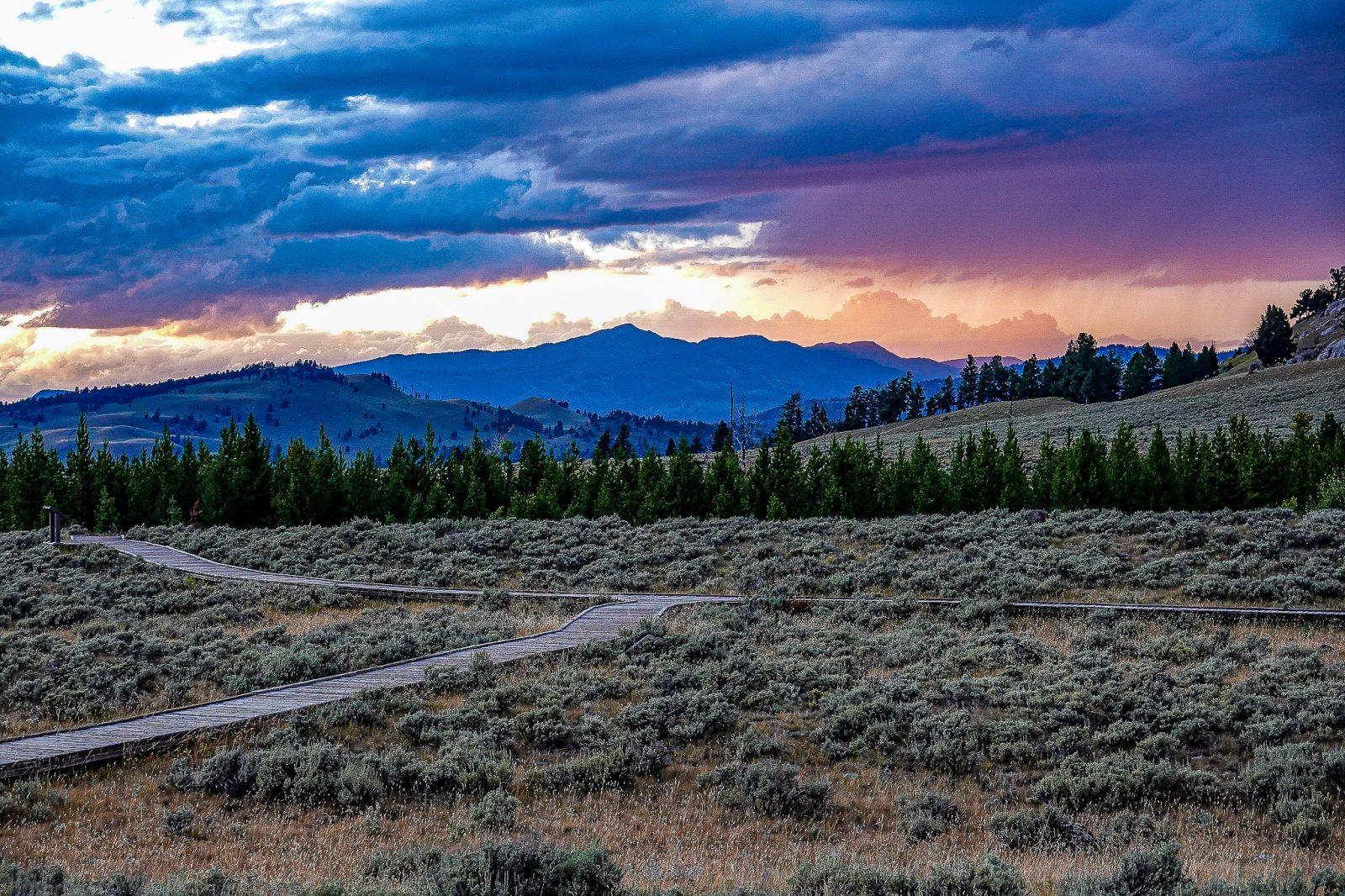solnedgang i yellowstone